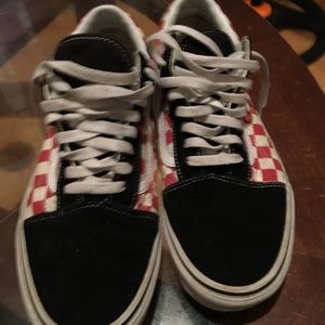 Low Top vans red and black checkered boards